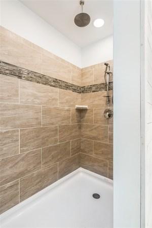 Good 4u0027 X 6u0027 Ceramic Walk In Shower Without Corner Seat