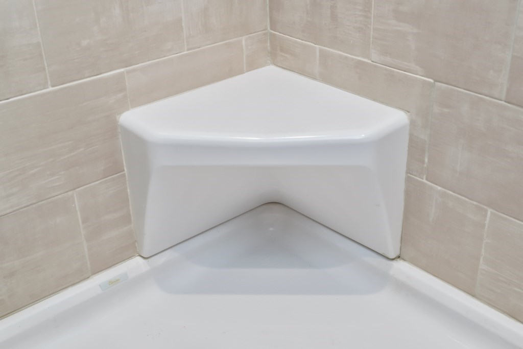 Seat for 4\'x6\' Walk-In Tile Showers   Pennwest Homes