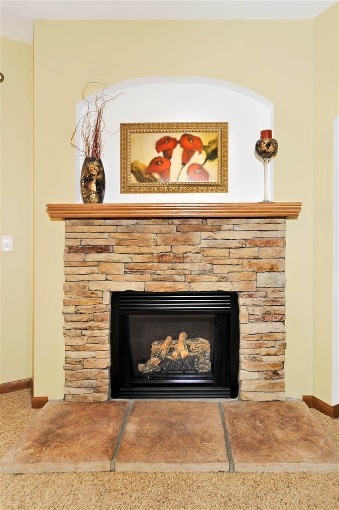 hand laid 1 2 stacked stone fireplace pennwest homes. Black Bedroom Furniture Sets. Home Design Ideas
